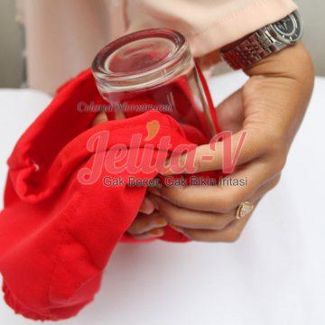 test-waterproof-celana-menstruasi-jelita-3